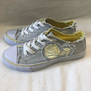 Soda Low Top Sneakers with Stitched Roses